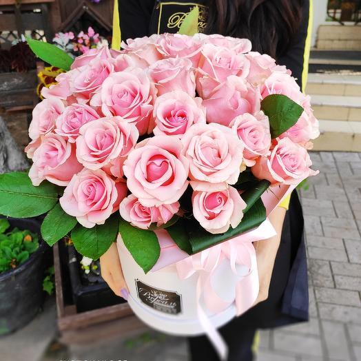 41 роза в коробке