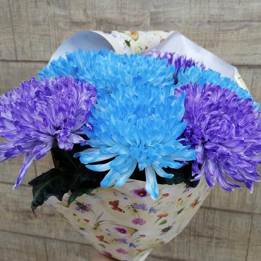 Огромные яркие шапки необычной хризантемы для солнечного настроения: букеты цветов на заказ Flowwow