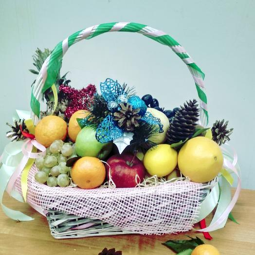 Новогодняя корзина: букеты цветов на заказ Flowwow