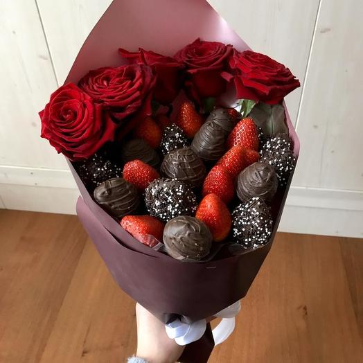 Клубничный букет «роман»: букеты цветов на заказ Flowwow
