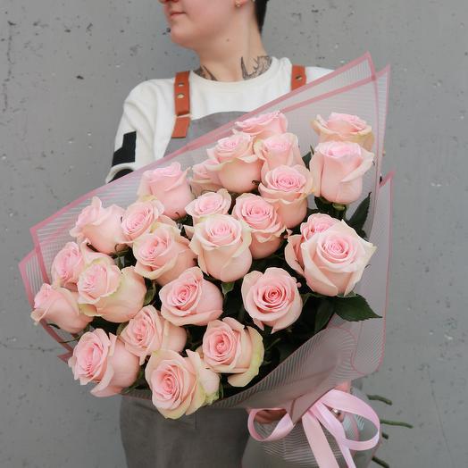 Персиковые розы 25
