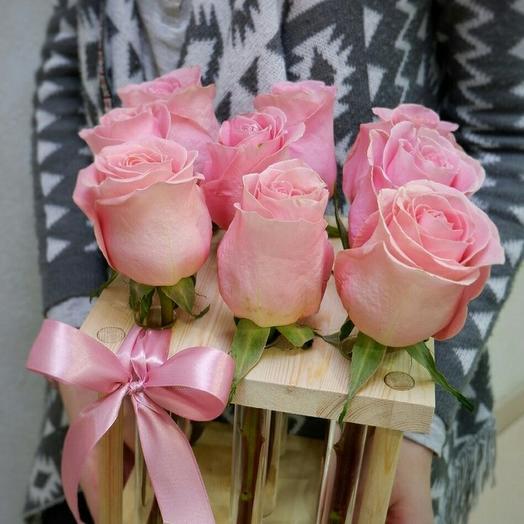 Рамка с 9 розовыми розами