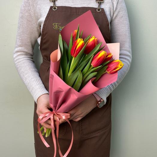 Bouquet of 7 tulips