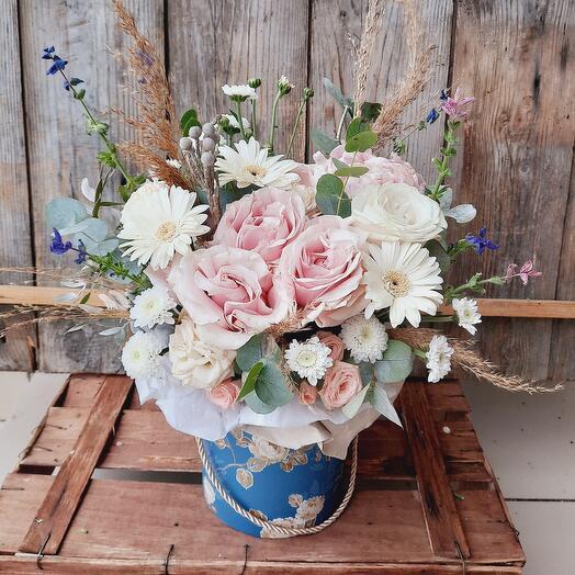 """Цветы в коробке """"Нотки прованса"""""""