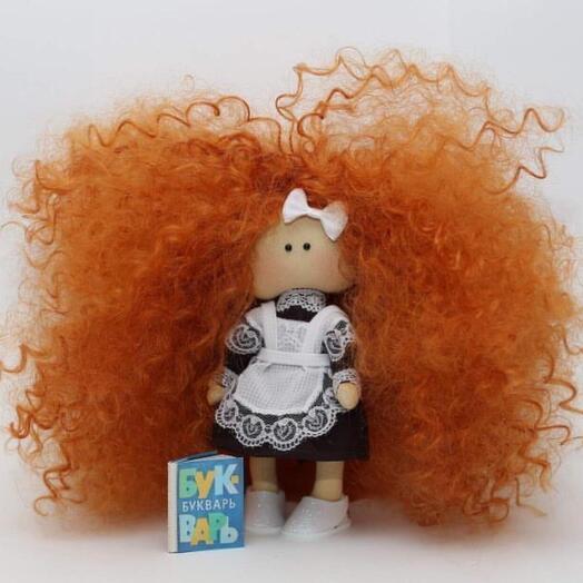 Кукла текстильная , тело выполнено из хлопкового трикотажного полотна, волосы- синтетика, обувь-фомиаран