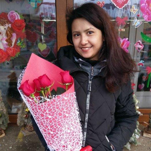 букет 5 голландских роз