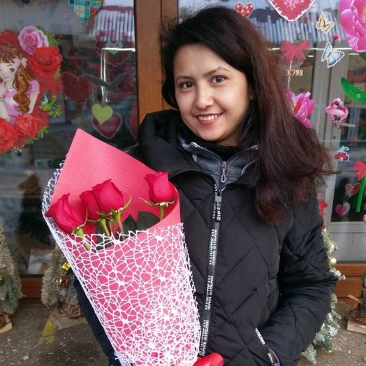 Букет 5 голландских роз: букеты цветов на заказ Flowwow