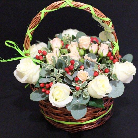 Нежная корзиночка из роз