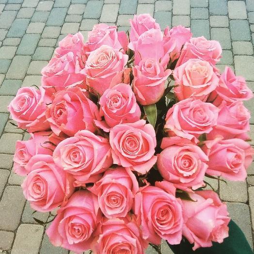 Букет из 31 розовой кенийская роза: букеты цветов на заказ Flowwow