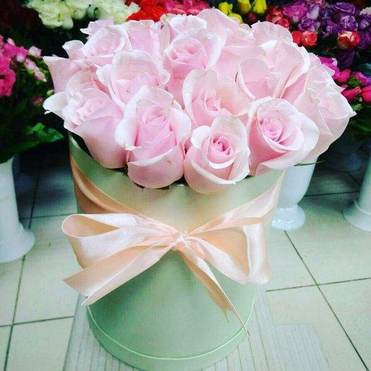 Розовая нежность в коробке: букеты цветов на заказ Flowwow