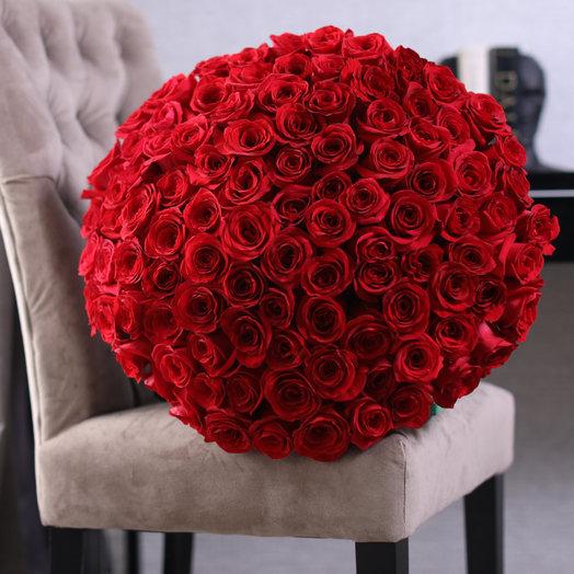 101 красная местная роза