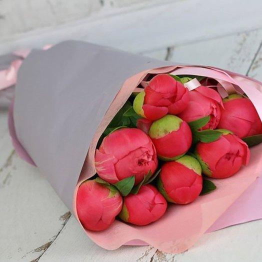 Букет их пионов сорта Корал: букеты цветов на заказ Flowwow