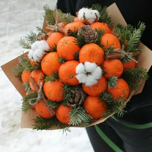 """Bouquet fruity """"Christmas surprise"""": flowers to order Flowwow"""