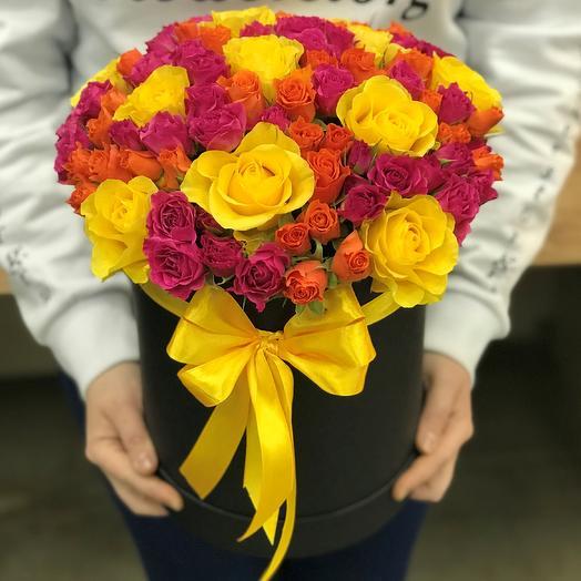 Коробки с цветами. Кустовые розы , желтая роза 19 шт. N320: букеты цветов на заказ Flowwow