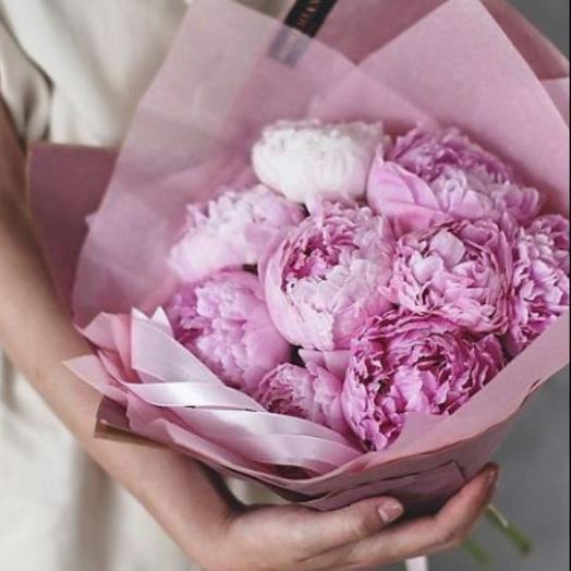 Букет из 9 нежно-розовых пионов: букеты цветов на заказ Flowwow