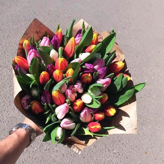 Великолепие из тюльпанов: букеты цветов на заказ Flowwow