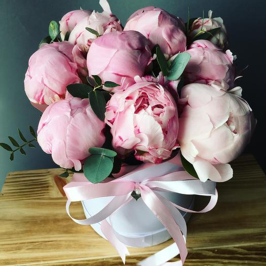 Итальянский Пионы Сара Бернар: букеты цветов на заказ Flowwow