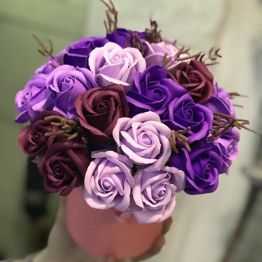 Коробка из мыльных роз: букеты цветов на заказ Flowwow