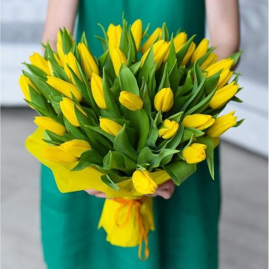 Счастливые тюльпаны: букеты цветов на заказ Flowwow