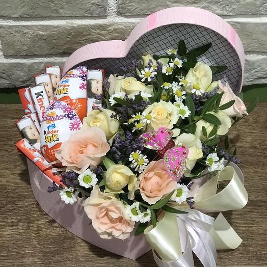 Подарок с сюрпризом: букеты цветов на заказ Flowwow