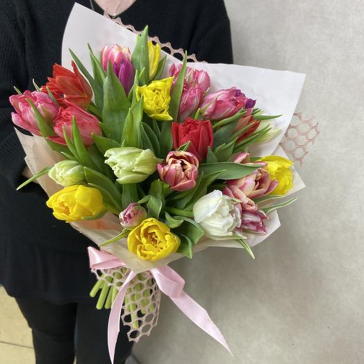Яркие пионовидные тюльпаны: букеты цветов на заказ Flowwow