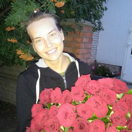 55алых роз