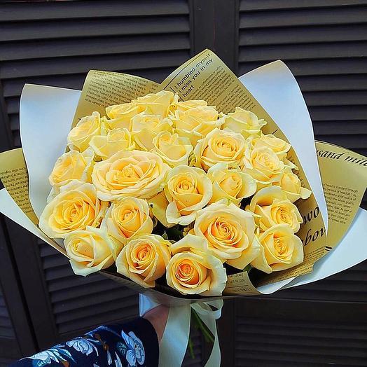 25 кремовых роз 60 см