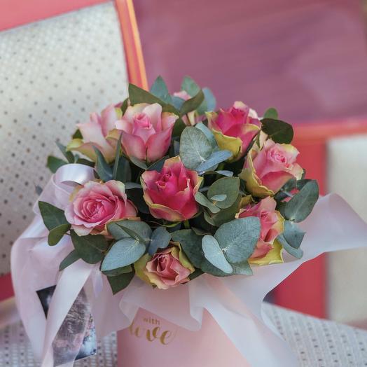 Композиция из Кенийских розовых роз