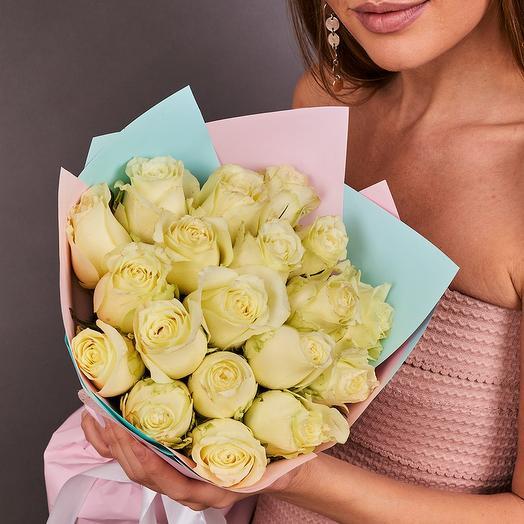 19 белых роз премиум (ваза в подарок, см. условия акции в описании)