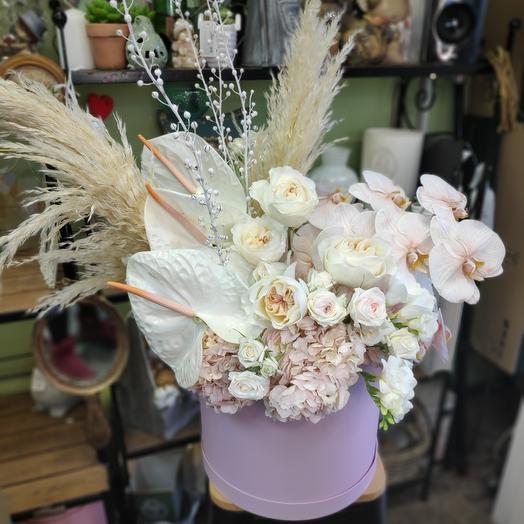 Цветы в Королевской коробке