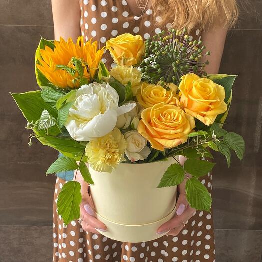 Летние мотивы Цветы в коробке