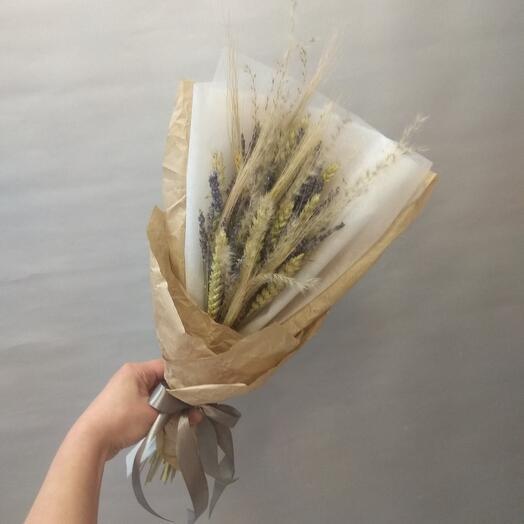 Сухоцветы лаванда и колоски