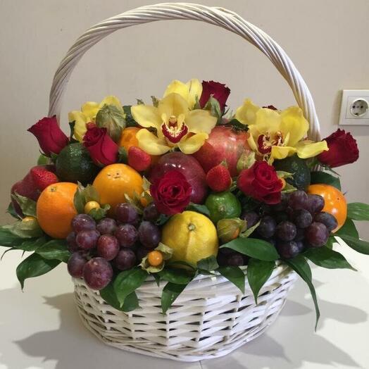 Корзина с фруктами «Луиза»
