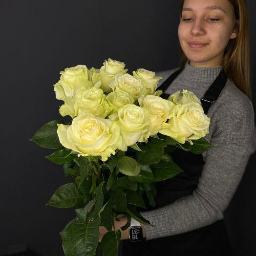 Розы Белые