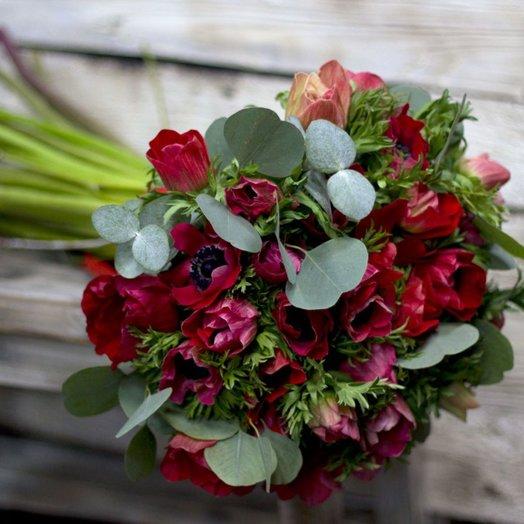 Анемоны красные: букеты цветов на заказ Flowwow