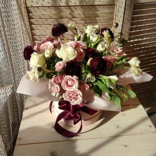 "Шляпная коробка ""Нежность"": букеты цветов на заказ Flowwow"
