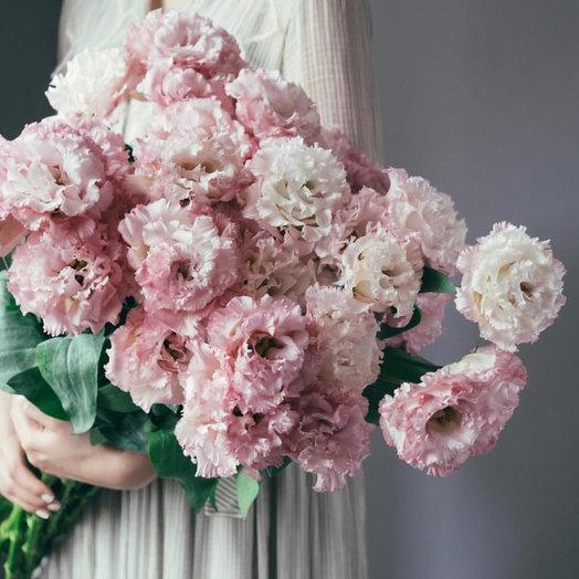 Букет из 19 веточек Махровой Эустомы: букеты цветов на заказ Flowwow