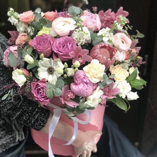 Шикарная огромная  коробка: букеты цветов на заказ Flowwow