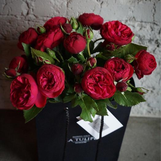 Ред Пиано / 15 шт / в фирменном пакете la Tulipe: букеты цветов на заказ Flowwow