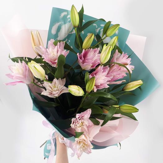 Лотос: 5 махровых лилий: букеты цветов на заказ Flowwow