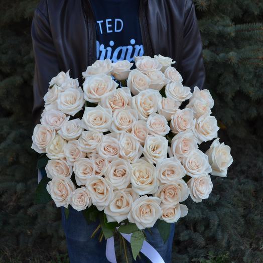 """51 белая роза """"Аваланж"""": букеты цветов на заказ Flowwow"""