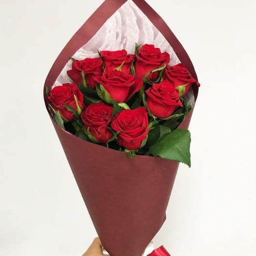 Букет из 9 роз в крафте