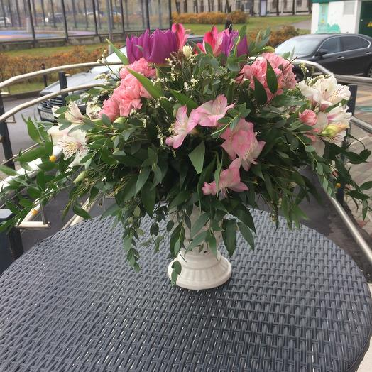 Букет на подсвечнике: букеты цветов на заказ Flowwow