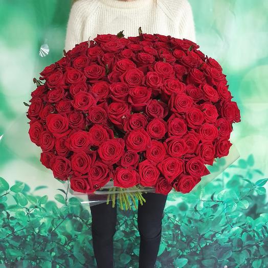 101 алая роза: букеты цветов на заказ Flowwow