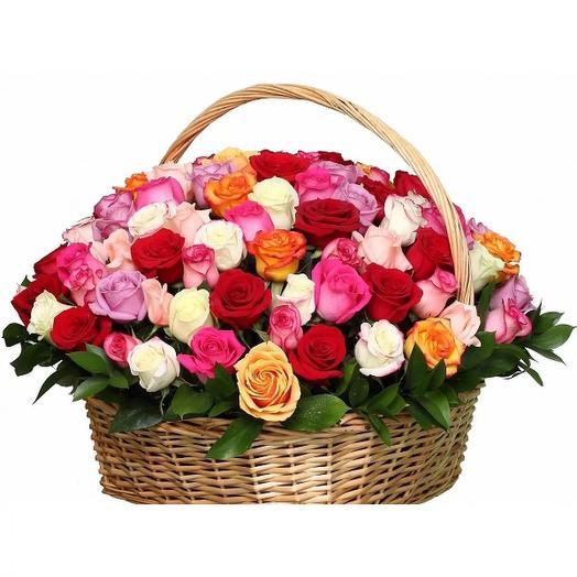 """Корзина из 101 розы """"Сочные ягодки"""": букеты цветов на заказ Flowwow"""