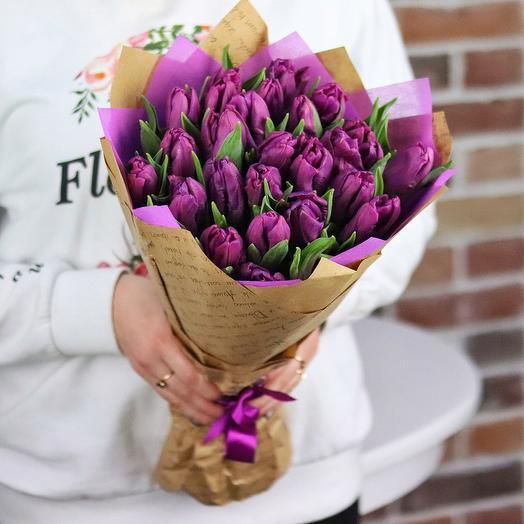 Букет из фиолетовых   тюльпанов 25 шт N259