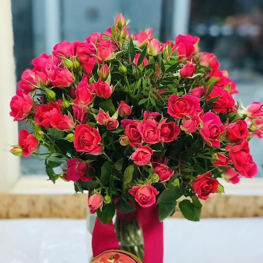 19 кустовых роз 40 см