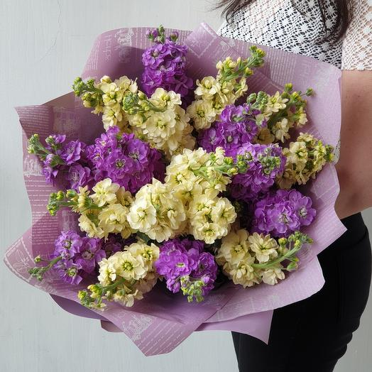 Букет ароматной маттиолы: букеты цветов на заказ Flowwow
