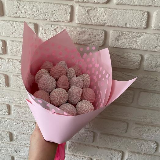 Розовая клубничка