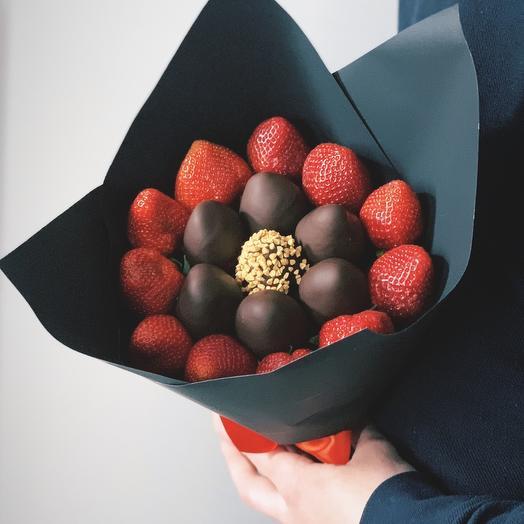 Букет из клубники и клубники в бельгийском шоколаде
